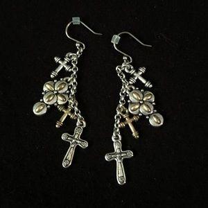 Gorgeous NWOT Cross Earrings ✝️